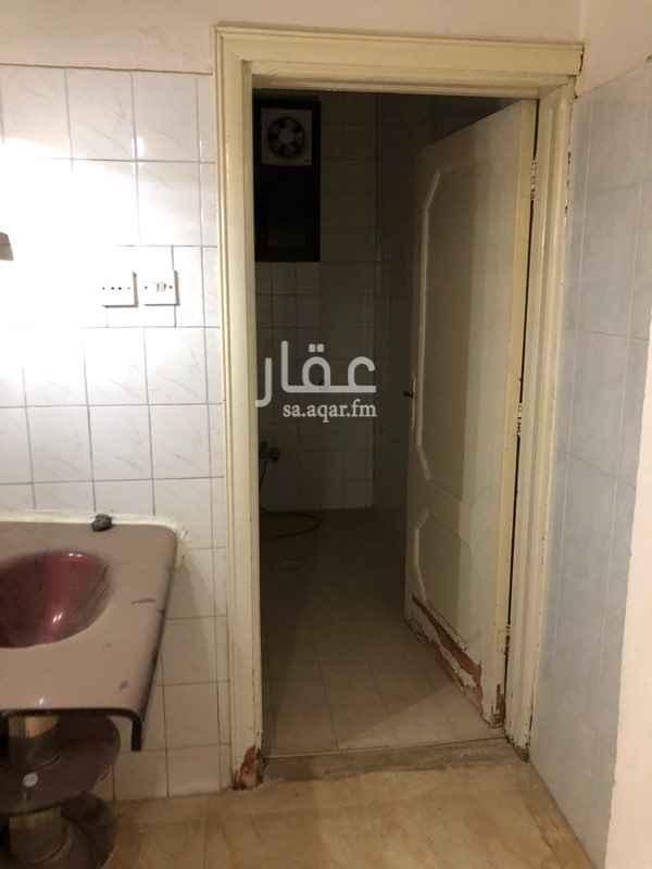 شقة للإيجار في شارع كعب بن زهير ، حي السويدي ، الرياض