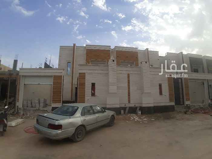 فيلا للبيع في شارع عمر مفتي ، حي طويق ، الرياض