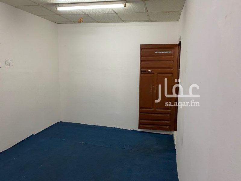 غرفة للإيجار في الشارع الرابع ، حي العقربية ، الخبر ، الخبر