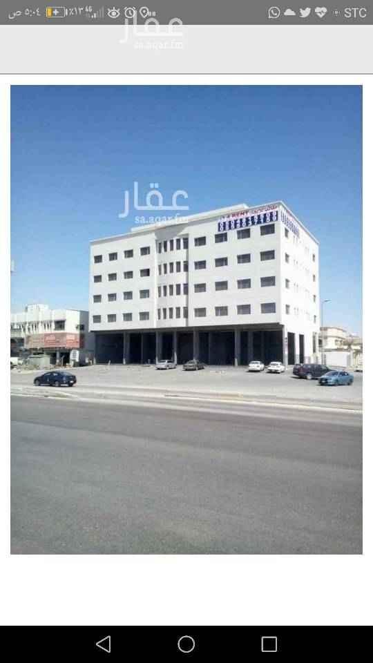 مكتب تجاري للإيجار في طريق ابو حدرية ، حي بدر ، الدمام