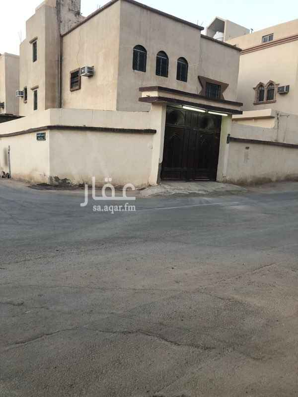 فيلا للبيع في شارع الرواحمة ، حي الدار البيضاء ، الرياض