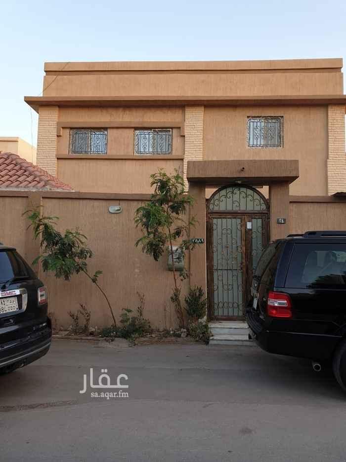 فيلا للبيع في شارع احمد البسيلي ، حي الملك فهد ، الرياض ، الرياض