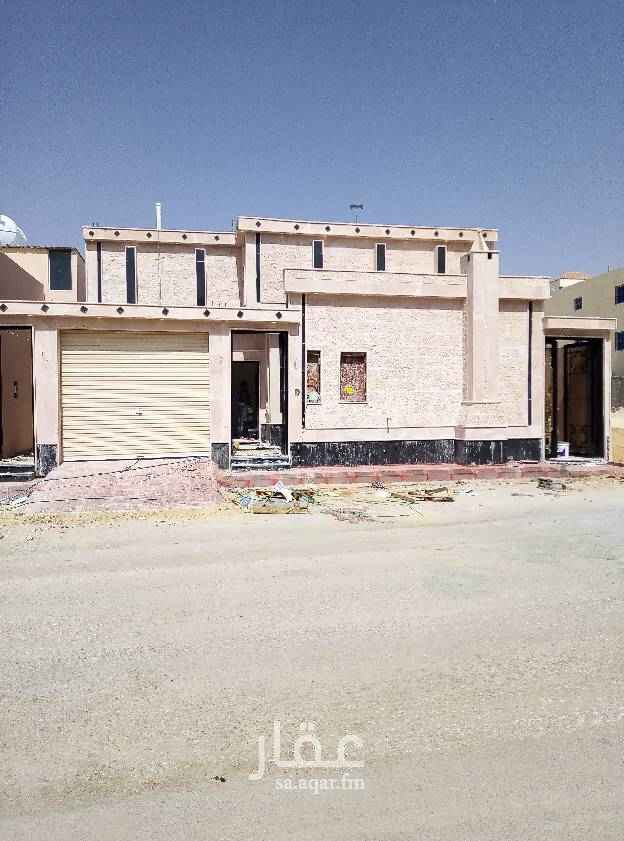 بيت للبيع في شارع الاخلاص ، حي طويق ، الرياض