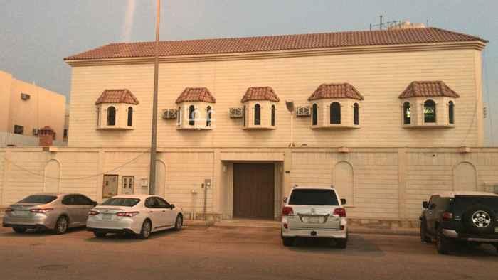 فيلا للبيع في شارع عبدالله بن علي ، حي الملقا ، الرياض ، الرياض