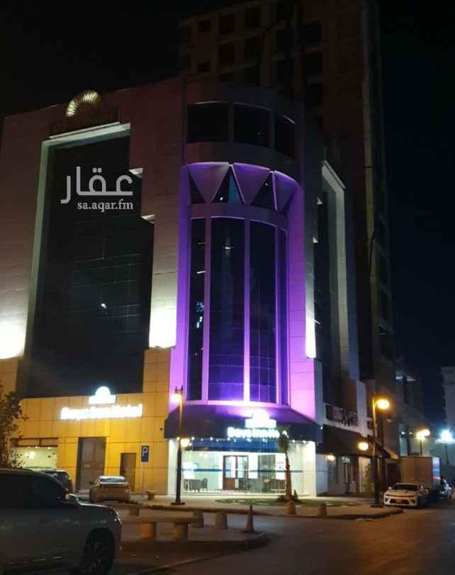عمارة للبيع في شارع رقم 40 ، حي العليا ، الرياض ، الرياض