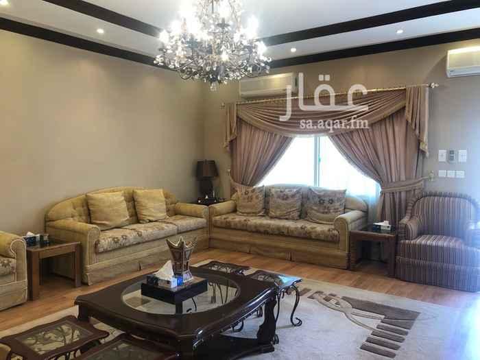 فيلا للبيع في شارع محمد بن بشار ، حي المنتزه الشرقي ، حائل