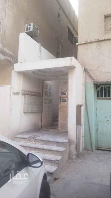 شقة للإيجار في الشارع الثاني والعشرون ، حي العقربية ، الخبر