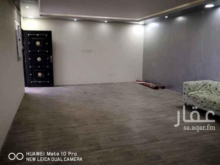 استراحة للإيجار في شارع طليحة بن خويلد الاسدي ، السلي ، الرياض
