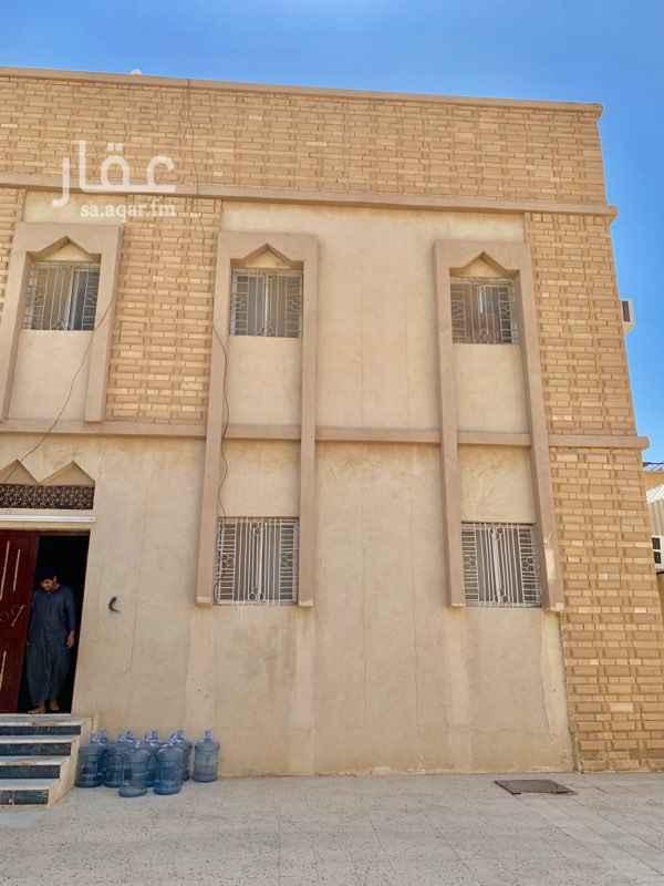 فيلا للبيع في شارع الاقزاز ، حي النظيم ، الرياض