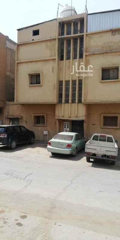 عمارة للبيع في شارع ابراهيم بن صدقة ، حي ثليم ، الرياض ، الرياض