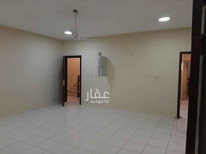 شقة للإيجار في شارع عمرو بن خارجة الانصاري ، حي التحلية ، الخبر ، الخبر