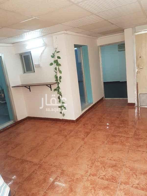 شقة للإيجار في شارع شعبة بن الحجاج ، حي العليا ، الرياض ، الرياض