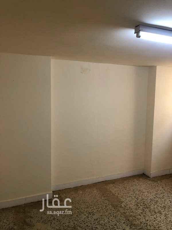 غرفة للإيجار في شارع سفيان بن عيينة ، حي العليا ، الرياض ، الرياض