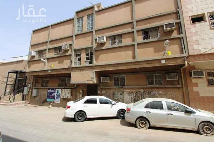 عمارة للبيع في شارع ابن الازهر ، حي منفوحة ، الرياض ، الرياض