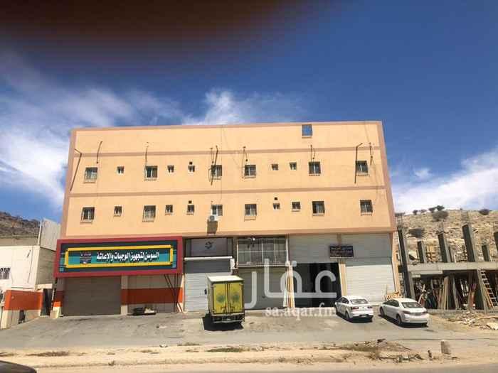 عمارة للبيع في حي الوشحاء ، الطائف