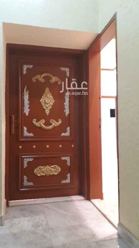 دور للإيجار في شارع محالة السفلى ، حي النهضة ، الرياض
