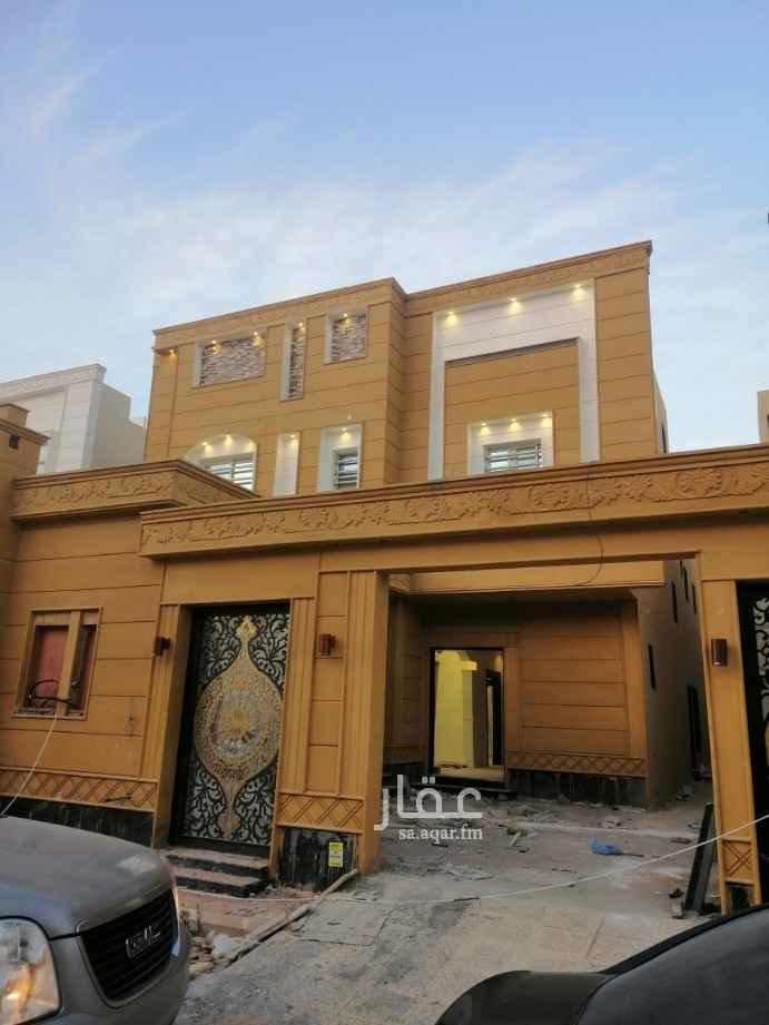 فيلا للبيع في شارع أبي بكر بن عثمان ، حي عكاظ ، الرياض