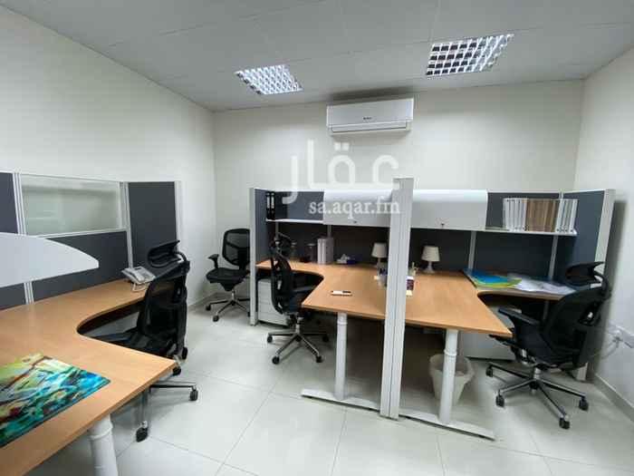 مكتب تجاري للإيجار في شارع غزة ، حي الوادي ، الرياض ، الرياض