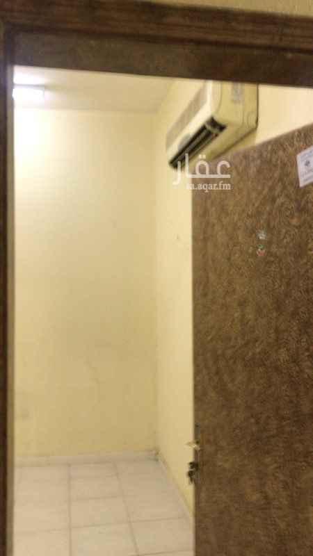 شقة للإيجار في شارع البختة ، حي اليمامة ، الرياض