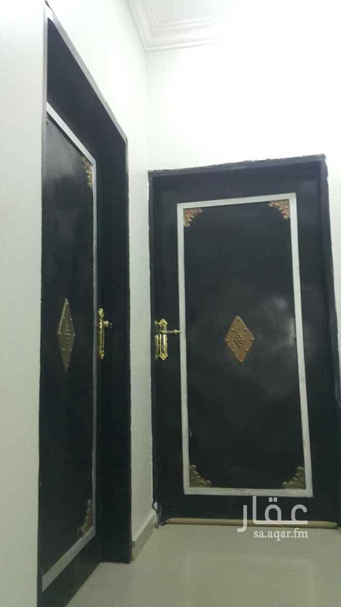 شقة للإيجار في شارع الياقوت ، حي ظهرة لبن ، الرياض