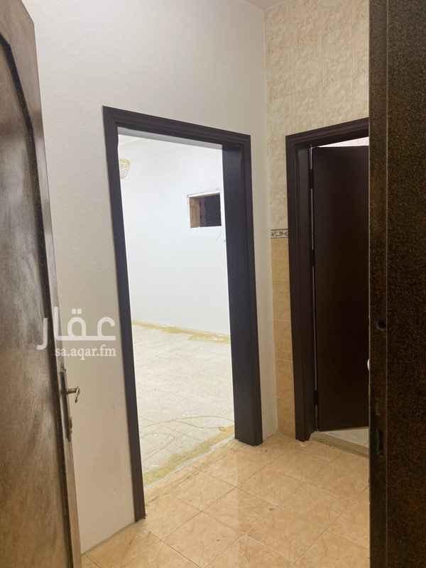 شقة للإيجار في شارع المنصورة ، حي ظهرة لبن ، الرياض ، الرياض