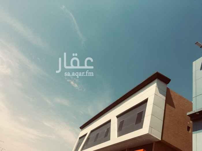 عمارة للبيع في شارع الوادي ، حي هجرة لبن ، الرياض