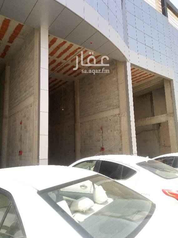 محل للإيجار في طريق عمر بن عبد العزيز الفرعي ، حي الربوة ، الرياض