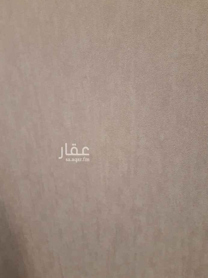 فيلا للبيع في حي عكاظ ، الرياض