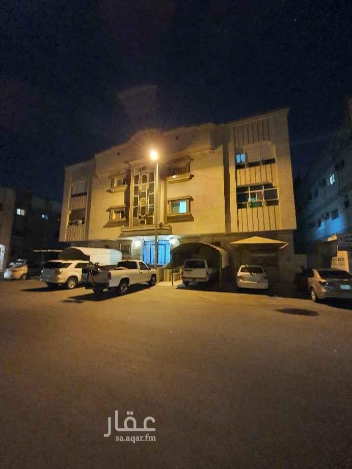 شقة للبيع في شارع ابن العباس الزكي ، حي الصفا ، جدة ، جدة