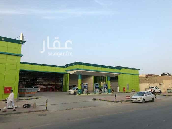 عمارة للبيع في شارع الاسحل ، حي سلطانة ، الرياض