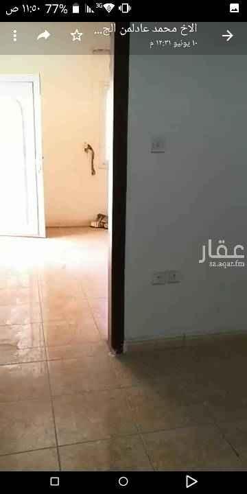 شقة للإيجار في شارع صفية بنت الخطاب ، حي الشفا ، الرياض
