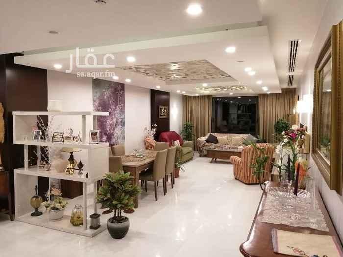 شقة للبيع في طريق الأمير فيصل بن فهد ، حي البندرية ، الخبر
