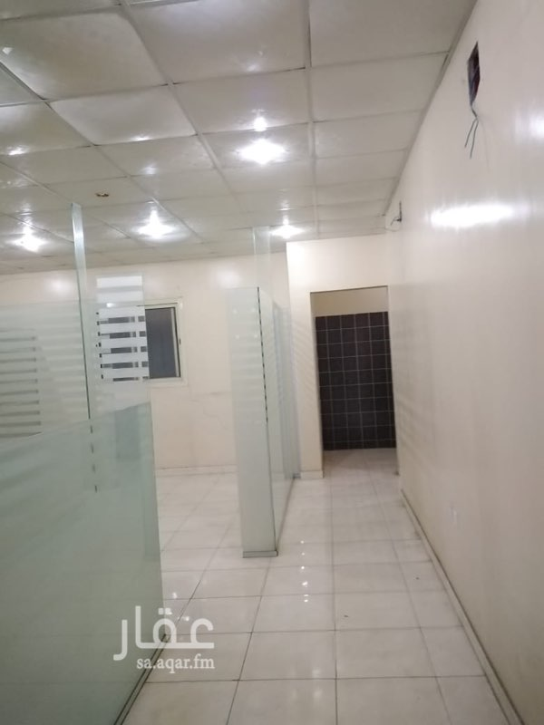 مكتب تجاري للإيجار في شارع الشفا ، حي ظهرة لبن ، الرياض ، الرياض