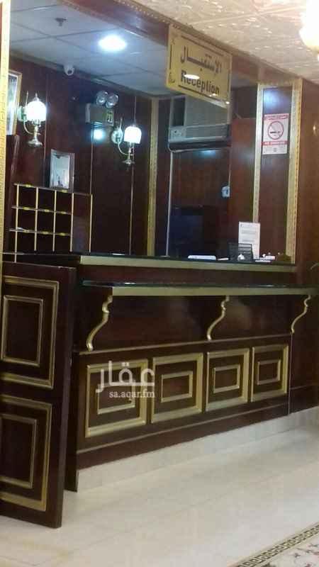 عمارة للإيجار في شارع يحيى بن سعيد ، حي العمل ، الرياض