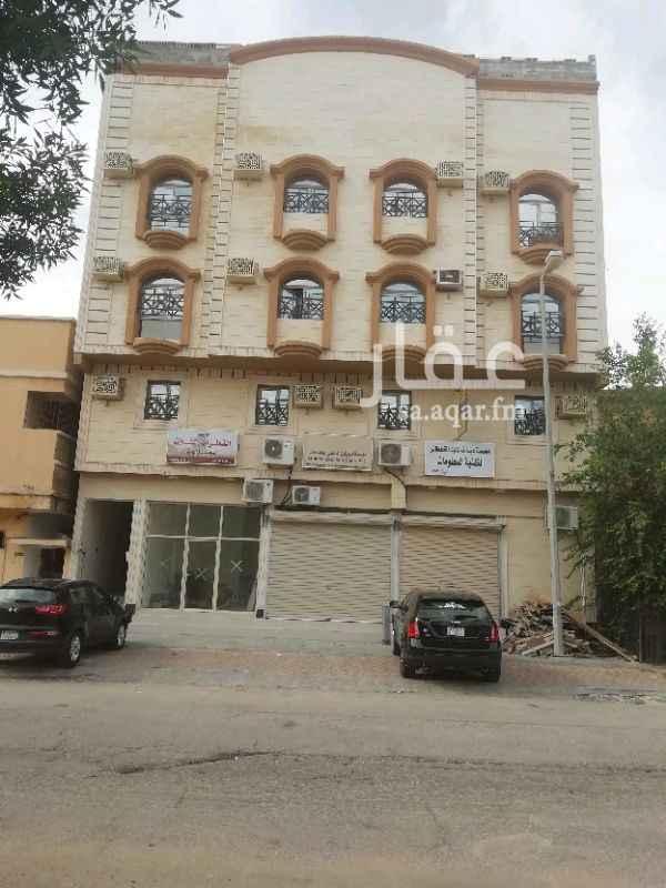 عمارة للبيع في شارع ينبع ، حي الثقبة ، الخبر