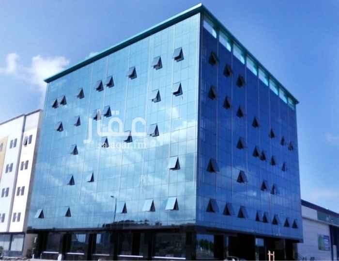 مكتب تجاري للإيجار في شارع الأمير نواف بن عبدالعزيز ، جازان