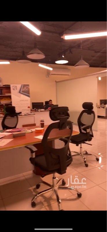 مكتب تجاري للإيجار في طريق الملك فهد ، حي الياسمين ، الرياض ، الرياض
