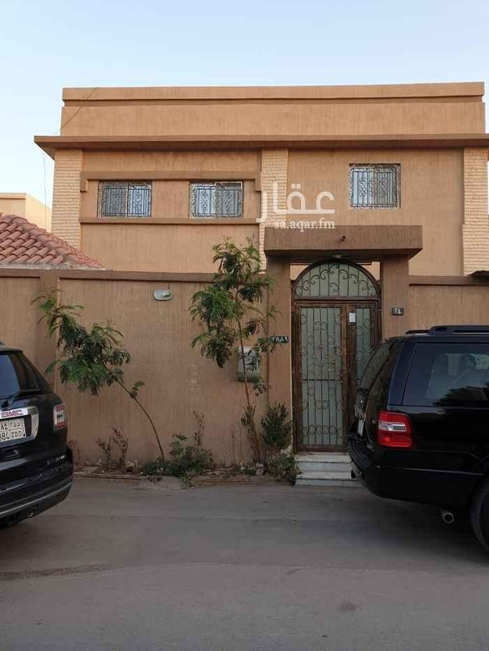 فيلا للبيع في شارع الضحى ، حي الملك فهد ، الرياض ، الرياض