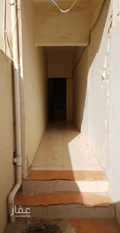 شقة للإيجار في شارع ابن الزهري ، حي أم الحمام الغربي ، الرياض ، الرياض