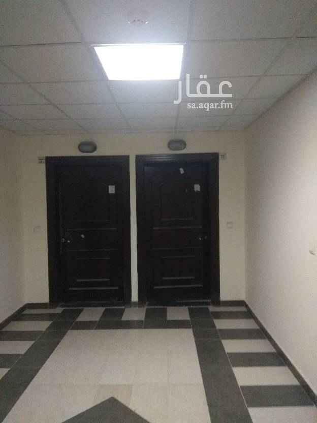 شقة للبيع في شارع القشاشية ، حي الندى ، الرياض