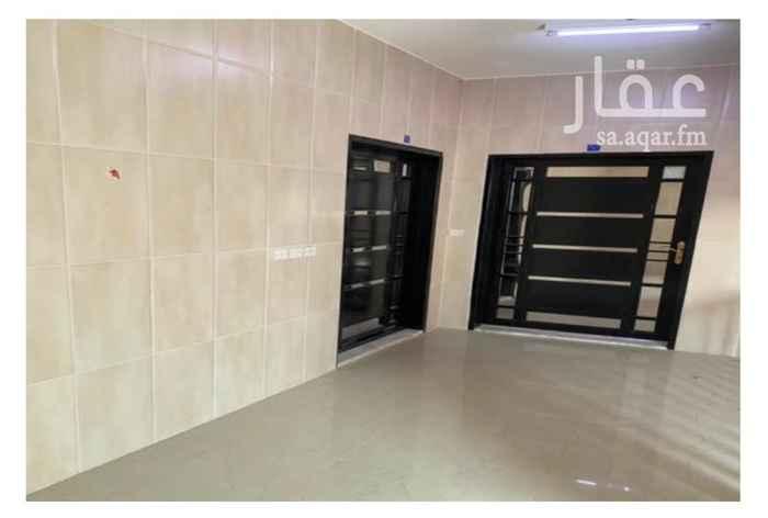 عمارة للبيع في شارع الشيخ عبدالله بن محمد ، حي سلطانة ، الرياض ، الرياض