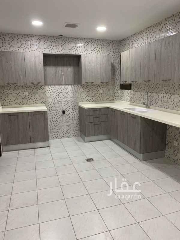 شقة للإيجار في حي الجامعة ، الظهران ، الدمام