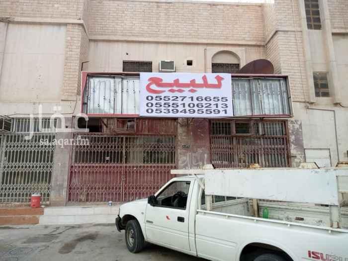 عمارة للبيع في شارع حمزة بن عبد المطلب ، حي العريجاء الغربية ، الرياض ، الرياض