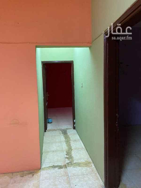 شقة للإيجار في شارع ابي عبدالله محمد بن فرحون ، حي العريجاء الغربية ، الرياض ، الرياض