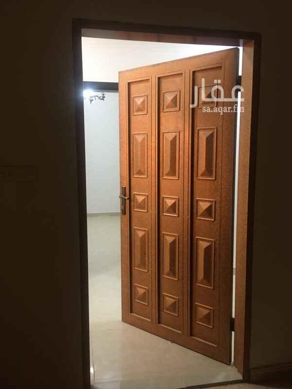 شقة للإيجار في شارع النبهانية ، حي ظهرة لبن ، الرياض ، الرياض
