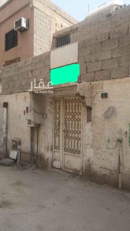بيت للإيجار في شارع الروحاء ، حي الخالدية ، الرياض ، الرياض