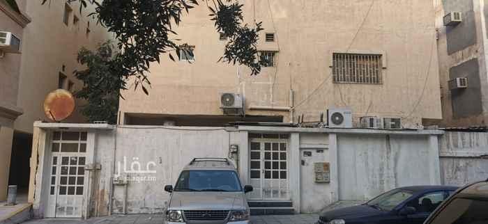 عمارة للبيع في شارع السعادة ، حي العقربية ، الخبر ، الخبر