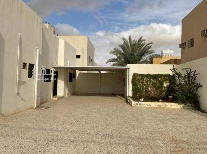 بيت للإيجار في طريق الامير مشعل بن عبدالعزيز ، ملهم ، حريملاء