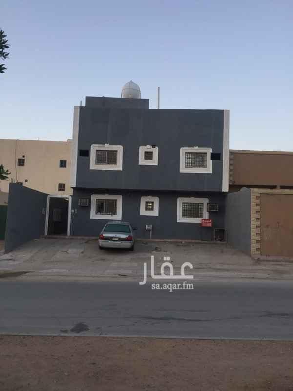 عمارة للبيع في شارع محايل ، حي الجنادرية ، الرياض