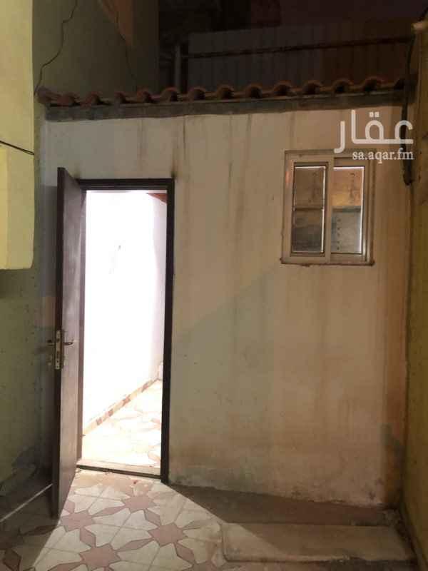 غرفة للإيجار في شارع أبي الخير ، حي الملز ، الرياض